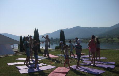 kids-retreat-udaya-live-yoga-festival-jagadamba-academy