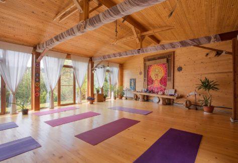 trinity-retreat-house-jagadamba-academy